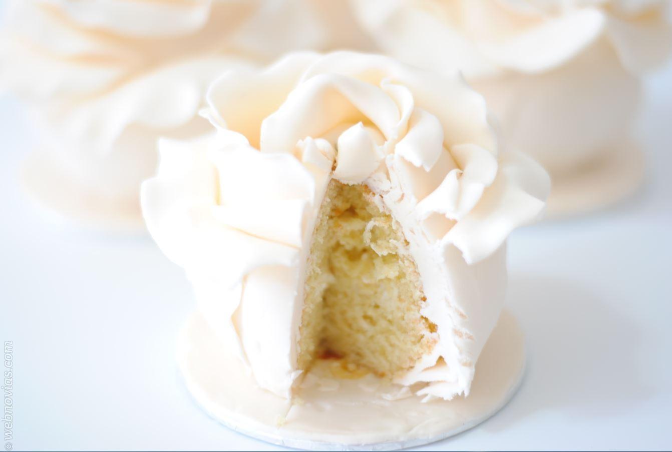 Mini tartas de boda para tu banquete