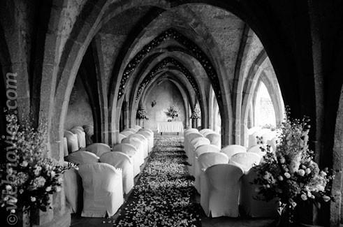 Decoración floral para el altar