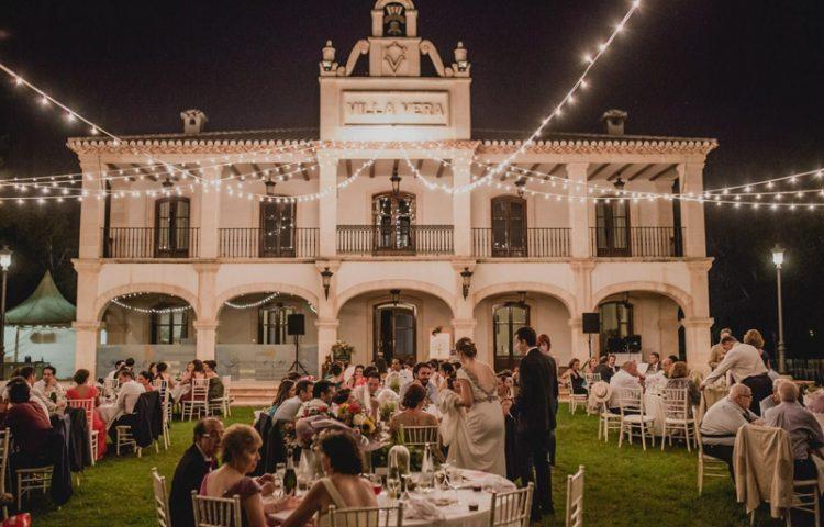 Cómo distribuir los invitados en el banquete