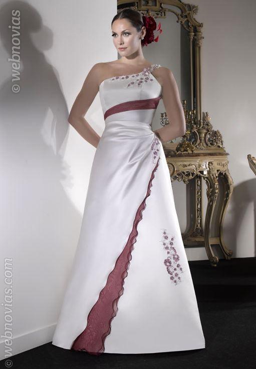 Consejos de moda: vestidos de raso | Webnovias.com