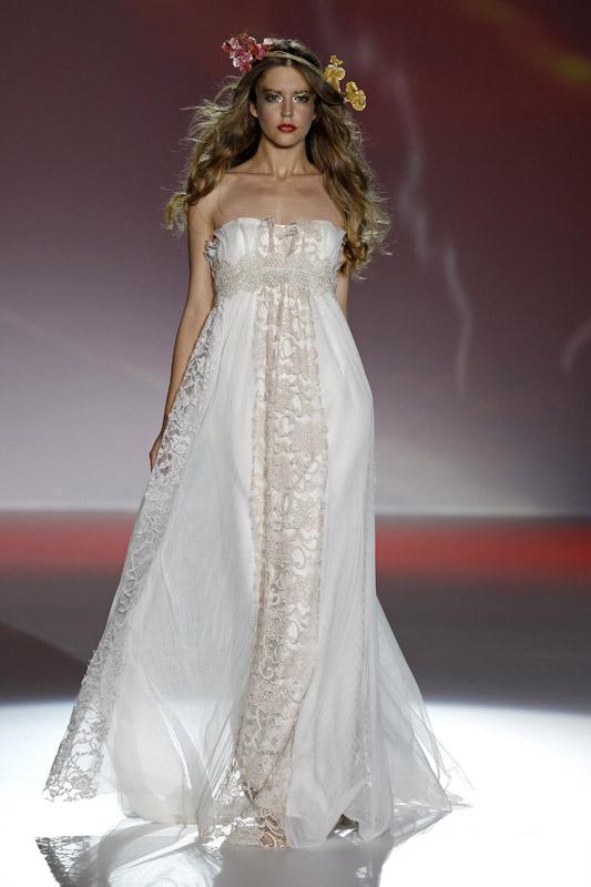 Vestido de novia de Ir de Bundó de Raimon Bundó 2012
