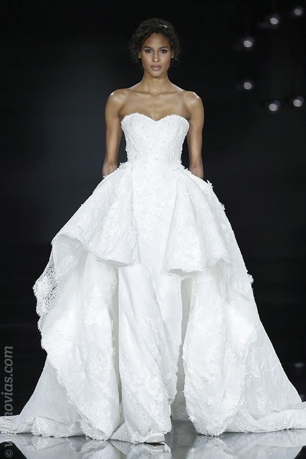 Vestido de novia de Pronovias 2017