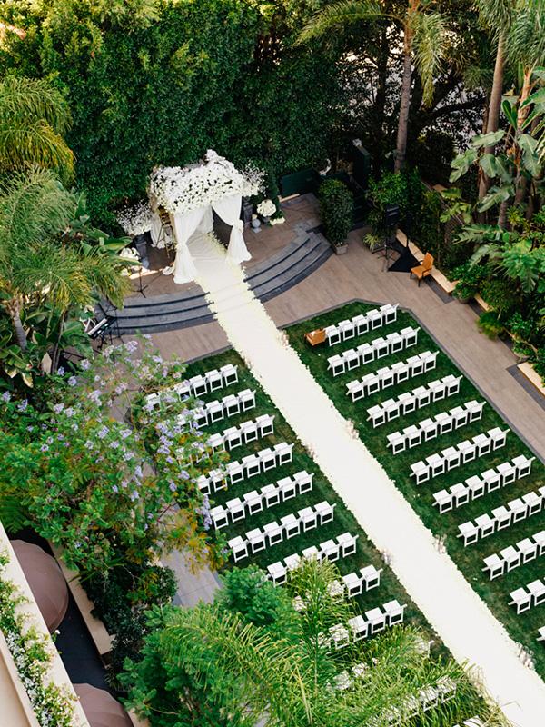 Decoración pasillo de boda