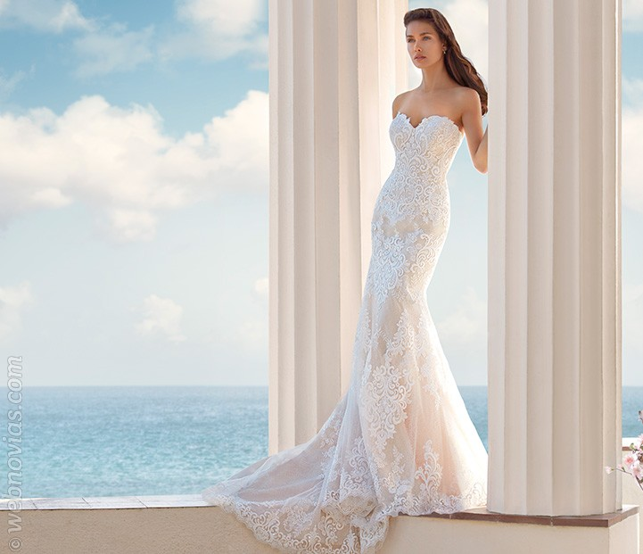 Vestido de novia Demetrios 2017
