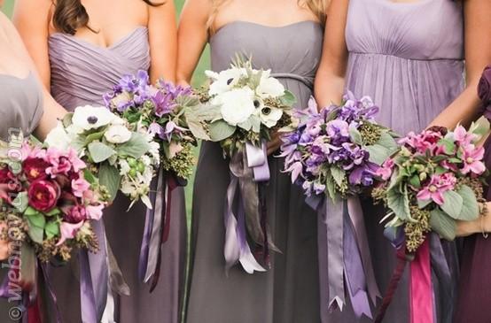 Elegant Purple Wedding At Black Swan Lake: El Color De Las Flores De La Boda