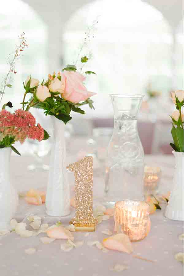 Mesero para boda con purpurina