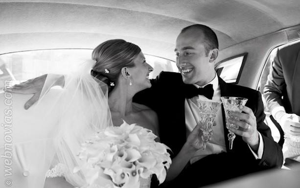 Cómo sentarse en el coche de bodas