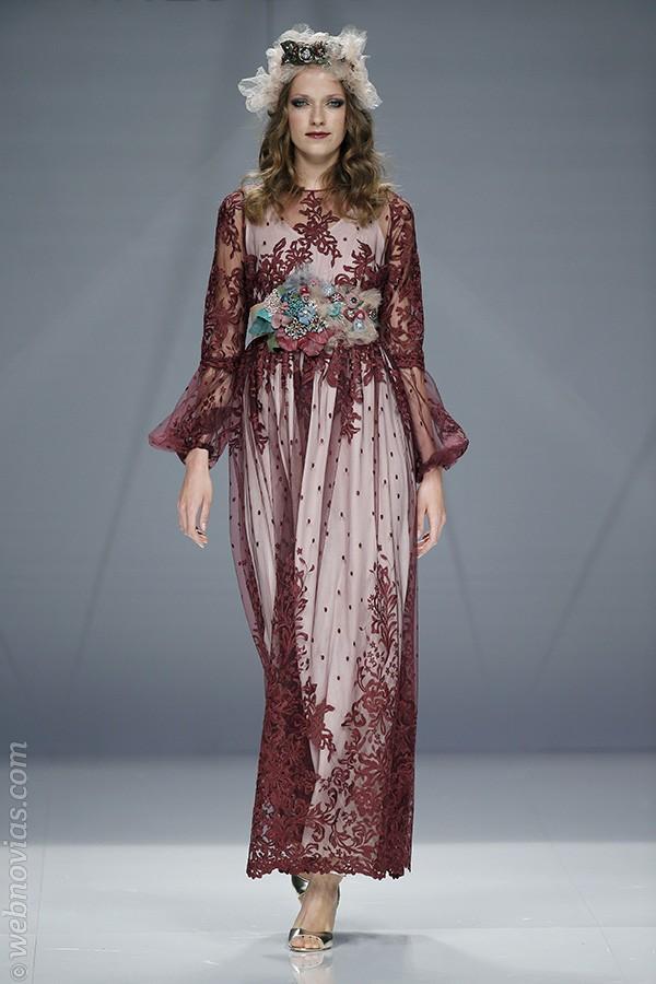 Vestido de fiesta de Matilde Cano 2017